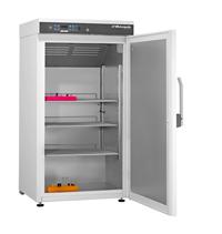 Laborkühlschrank LABO-288 von Kirsch mit offener Standardtüre und Ansicht von der Seite