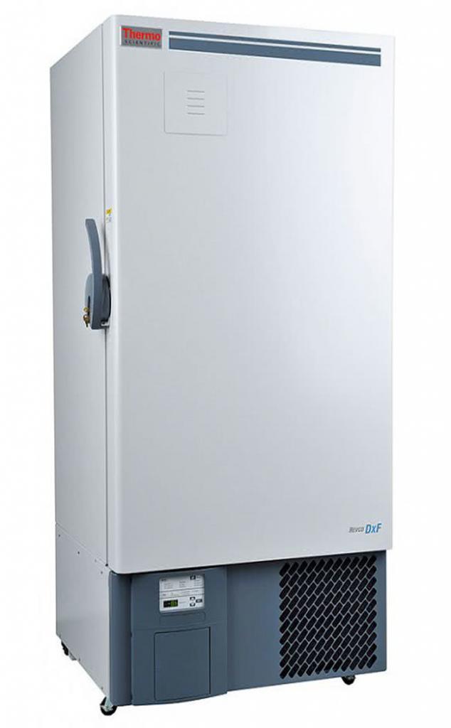 Laborgefrierschrank DxF 32040V von Thermo Scientific REVCO mit geschlossener Standardtüre und Ansicht von der Seite