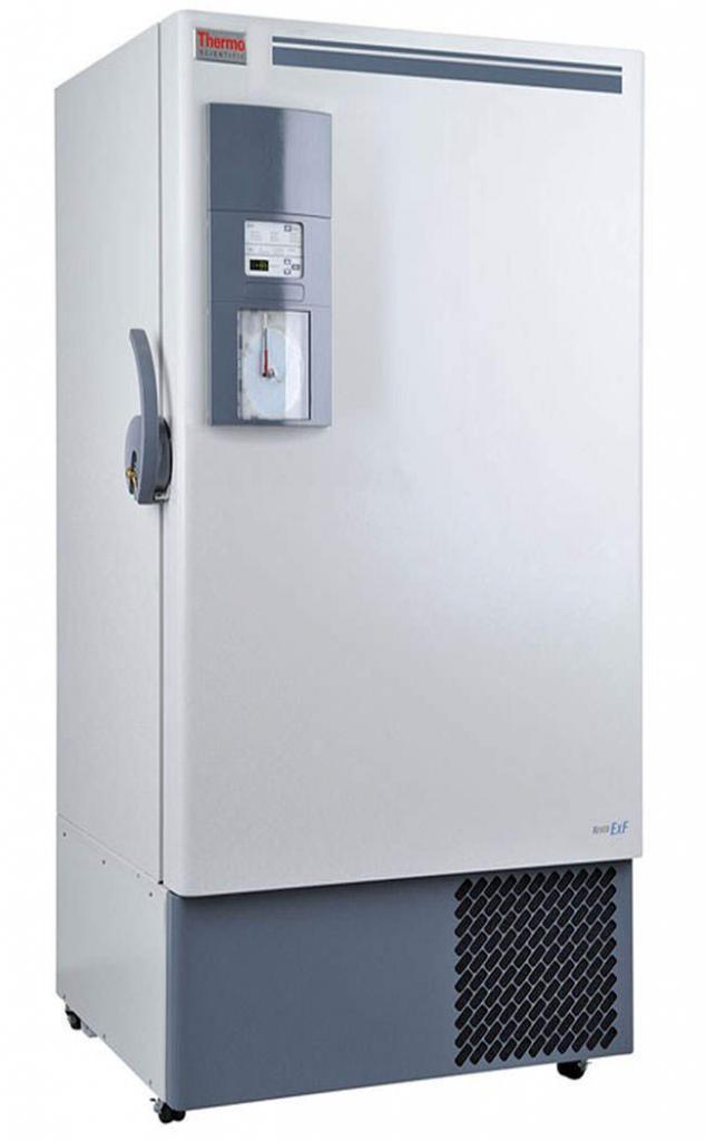 Labor Ultratiefkühlschrank ExF 40086V von Thermo Scientific REVCO mit geschlossener Standardtüre und Ansicht von der Seite