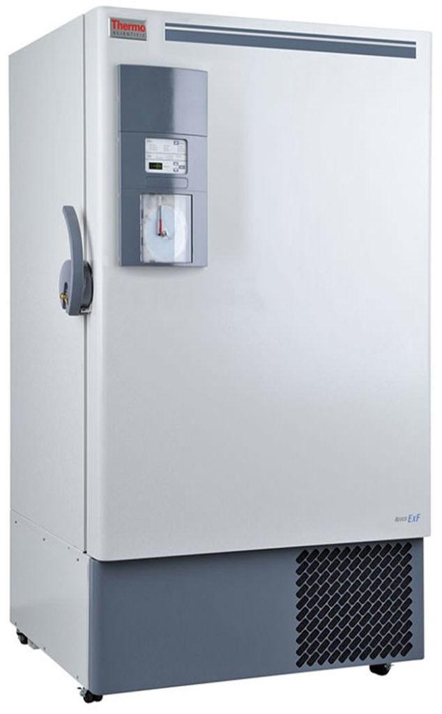 Labor Ultratiefkühlschrank ExF 60086V von Thermo Scientific REVCO mit geschlossener Standardtüre und Ansicht von der Seite
